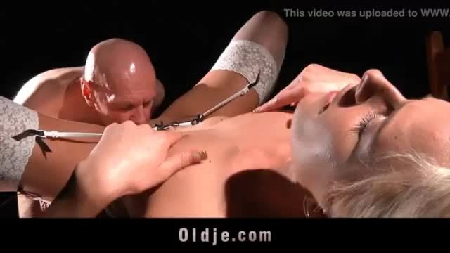 Round ass blonde taking hard dick from behind in pov